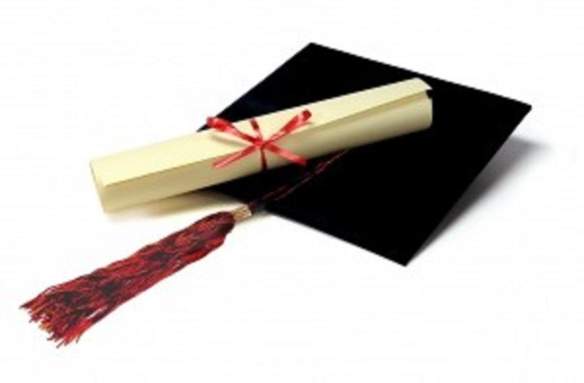 El título de Diplomado y Graduado en Enfermería ya son equivalentes