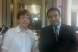 Con la Dra Julia Barrow Directora de la School of History de la Universidad de Leeds